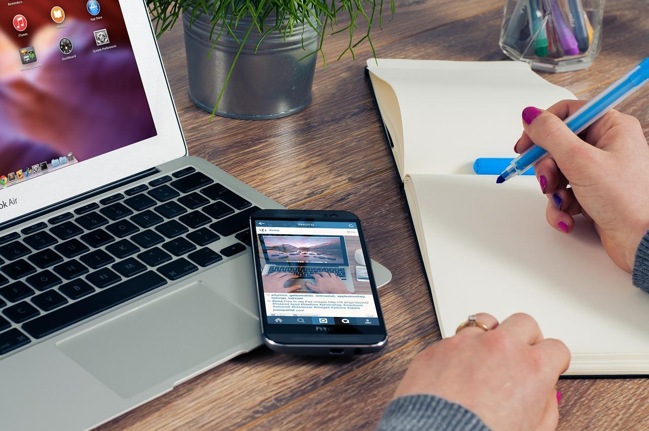 Online Strategy Development